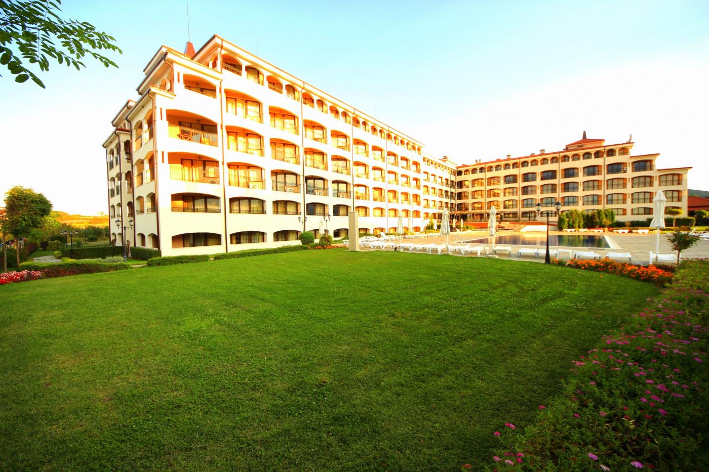 Regina Mare Aparthotel